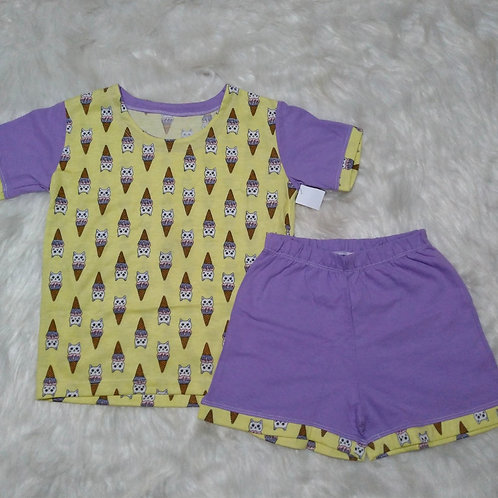 Pijama Sorvete/Gatos (Tamanho 06)