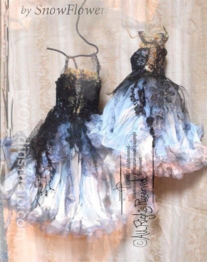 Black dress & Blue dress