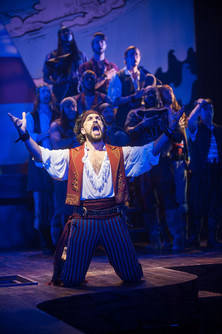 Will-Swenson-in-The-Pirates-of-Penzance-
