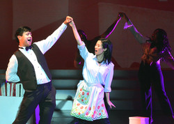 Tenor by Night musical sing/dancing