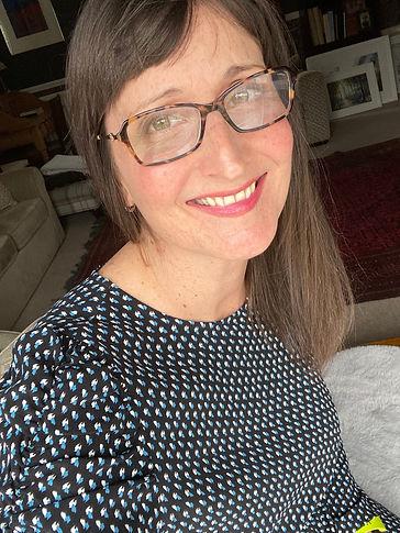Sarah Hill Headshot 1 - March 2021.jpg