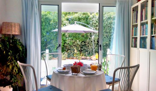 2. Breakfast room/Dining room/Bedroom5