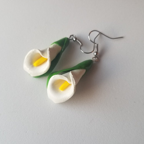 Calla Lilly Earrings- White