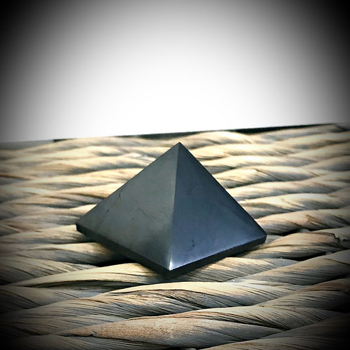 Shungite Pyramid 50mm