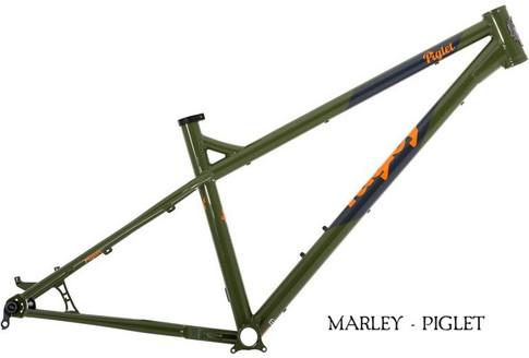 2019 piglet frame green.jpg