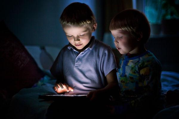 kids gaming.jpeg