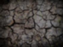 clay-close-up-cracks-daylight-60percentS