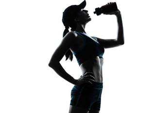 Agua natural es la mejor fuente de hidratación