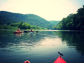 Kayaking down the Clinch River