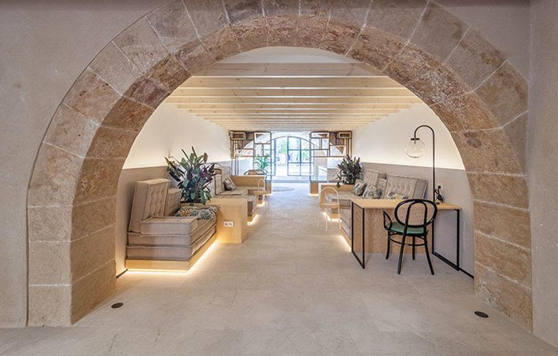4A-Hotel-fil-suites,-arquitectura-claudi