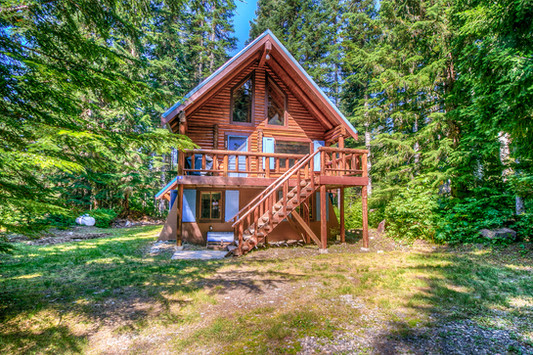 Snoqualmie Pass Cabin Shoot
