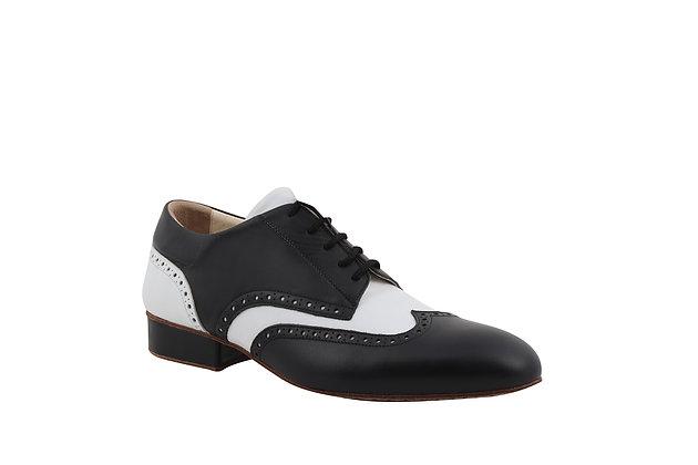 Gaucho Classic (Black & White)