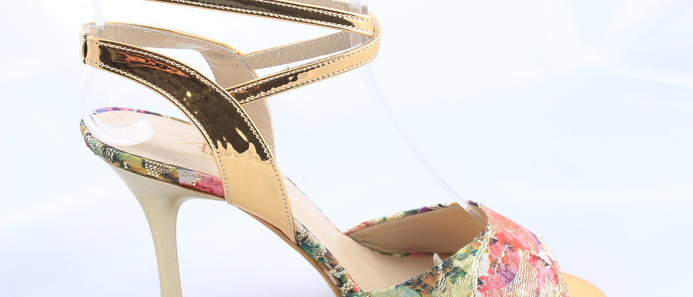 Golden Ankle with Roses