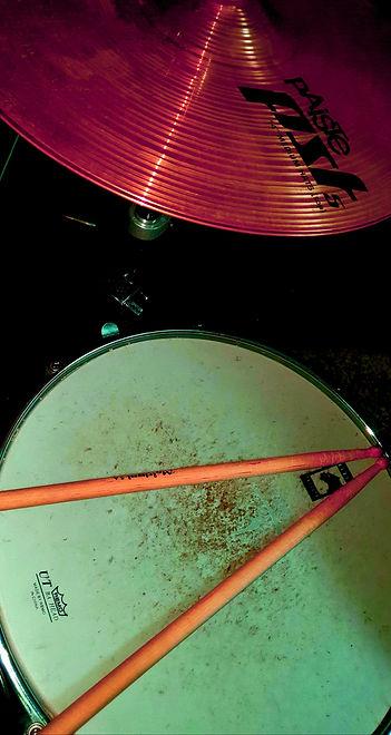 drum kit red.jpg