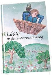 Boek leon vrijstaandwit.jpg