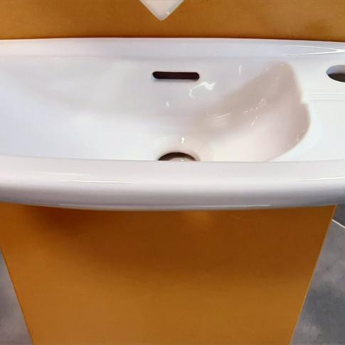 Lave mains Linea blanc 80€ TTC