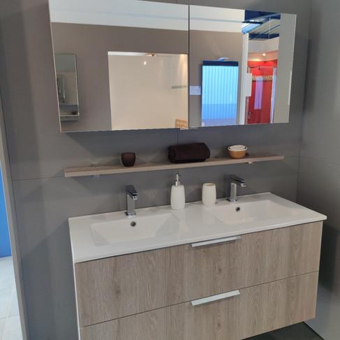 Ensemble meuble + armoire de toilette et tablette 120cm – cédé à 1386.84€ TTC