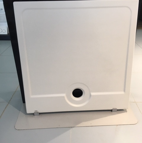 Receveur Latitude 90x90 blanc à encastrer  285€ TTC