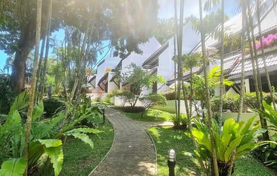Kamala Beach Estate Gardens