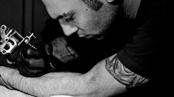 Self tattooing