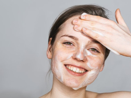16 Tips for Washing Your Face