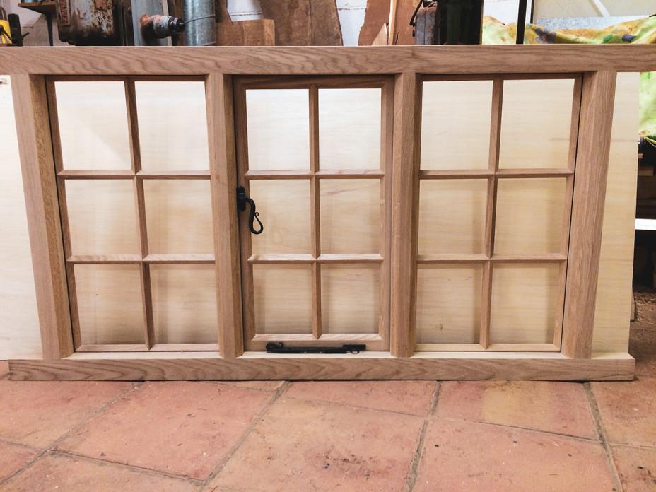european oakm window 1.jpg