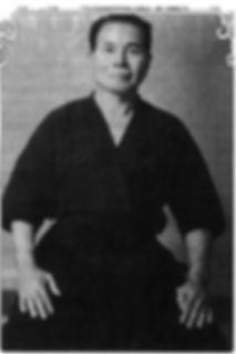 кобудо Синкен Тайра  (род.12 июня 1897 - 3 сентября 1970)