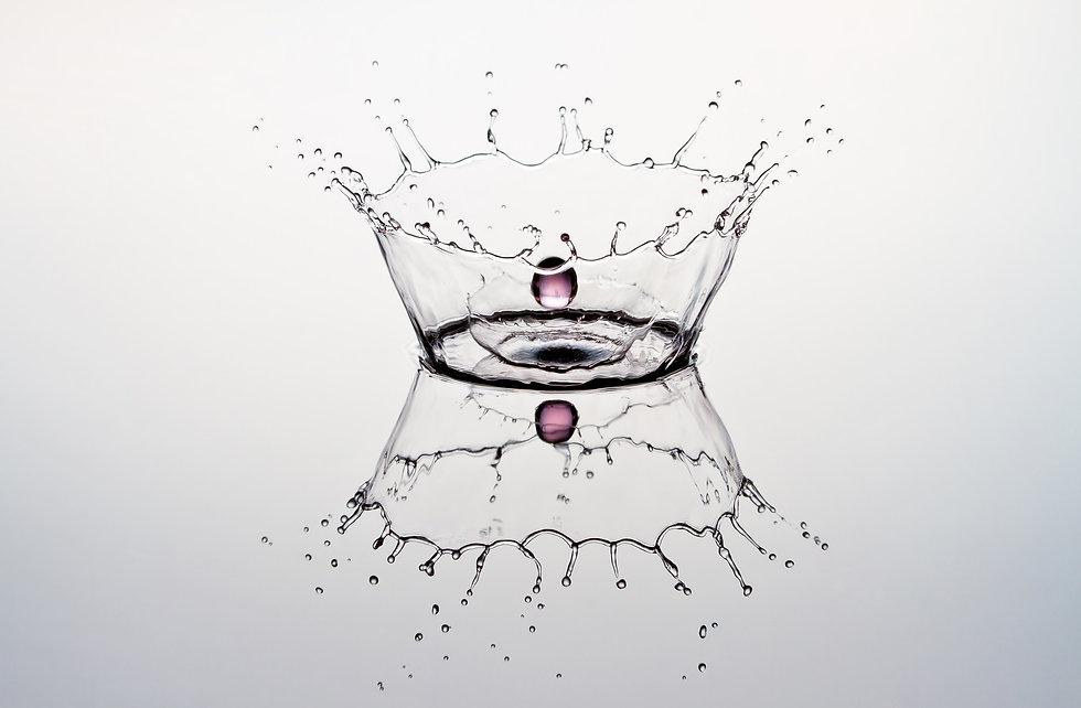 water-drop-6527089_1920.jpg