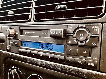 Paartherapie Freiburg ein Autoradio als Beispiel