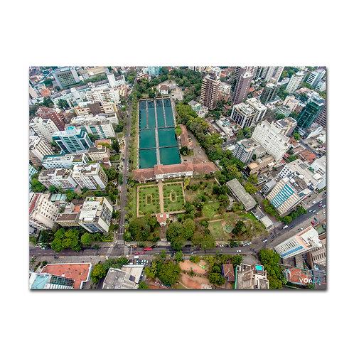 Fotografia aérea de drone Praça da Estação de Tratamento de Água do Moinhos de Vento, Porto Alegre - RS, pertencente ao DMAE