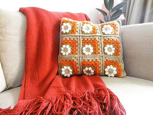 Daisy-in-a-Corner Cushion Cover