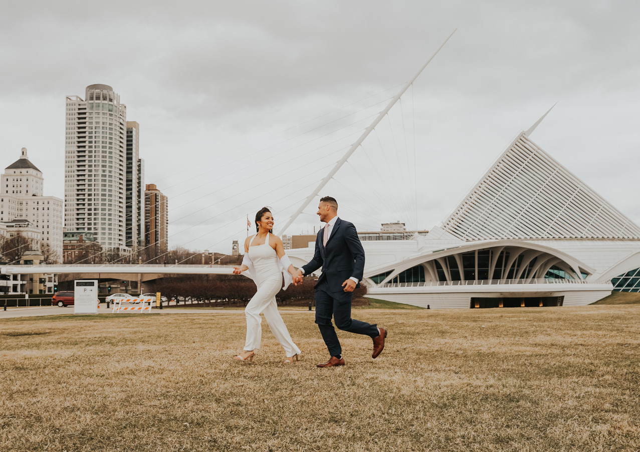 Jasmin and Eric Downtown Milwaukee Elope