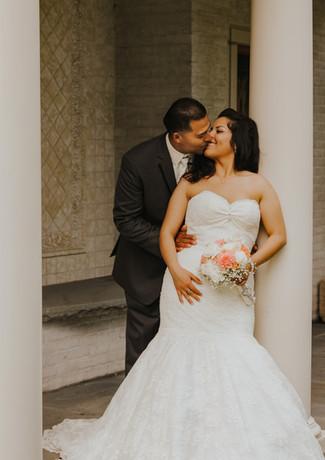 Villa Terrace Milwaukee wedding photogra