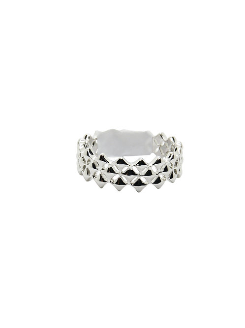 R190 - Sterling Silver Diamond Shape Ring
