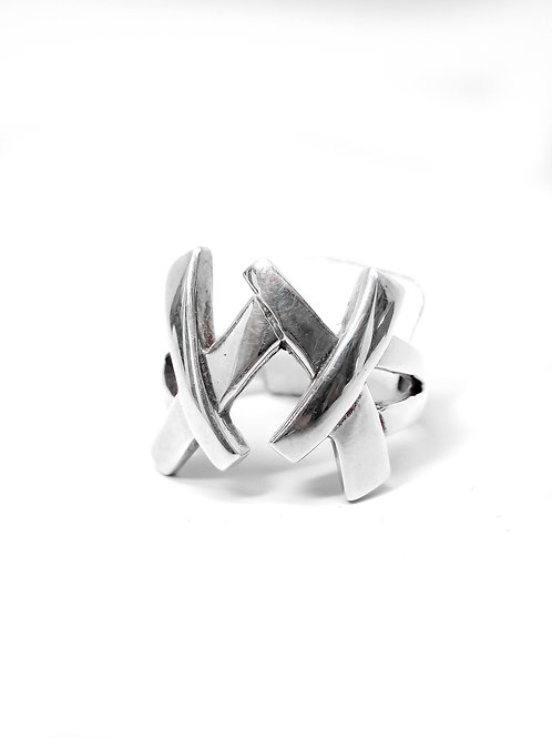A6397 - Large Sterling Silver Double Kiss Ring