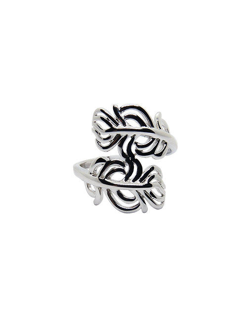 R194 - Sterling Silver Abstract Leaf Ring
