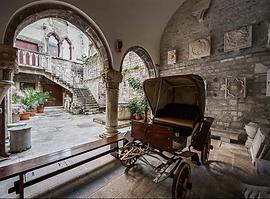 Split City Entrance.png