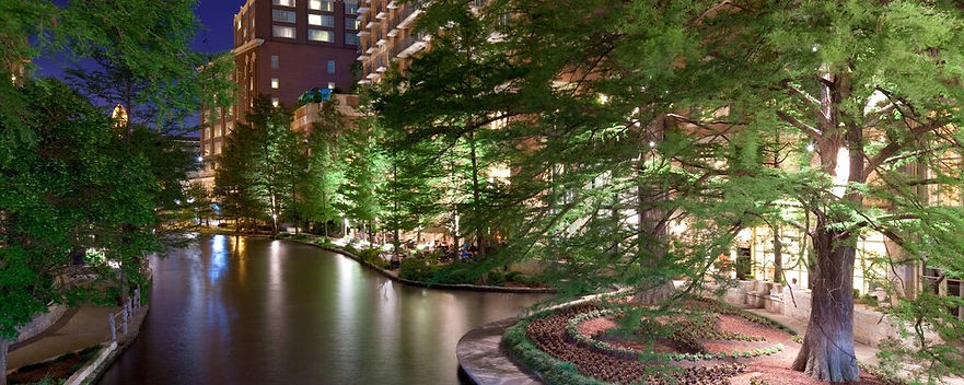 westin riverwalk 2.jpg