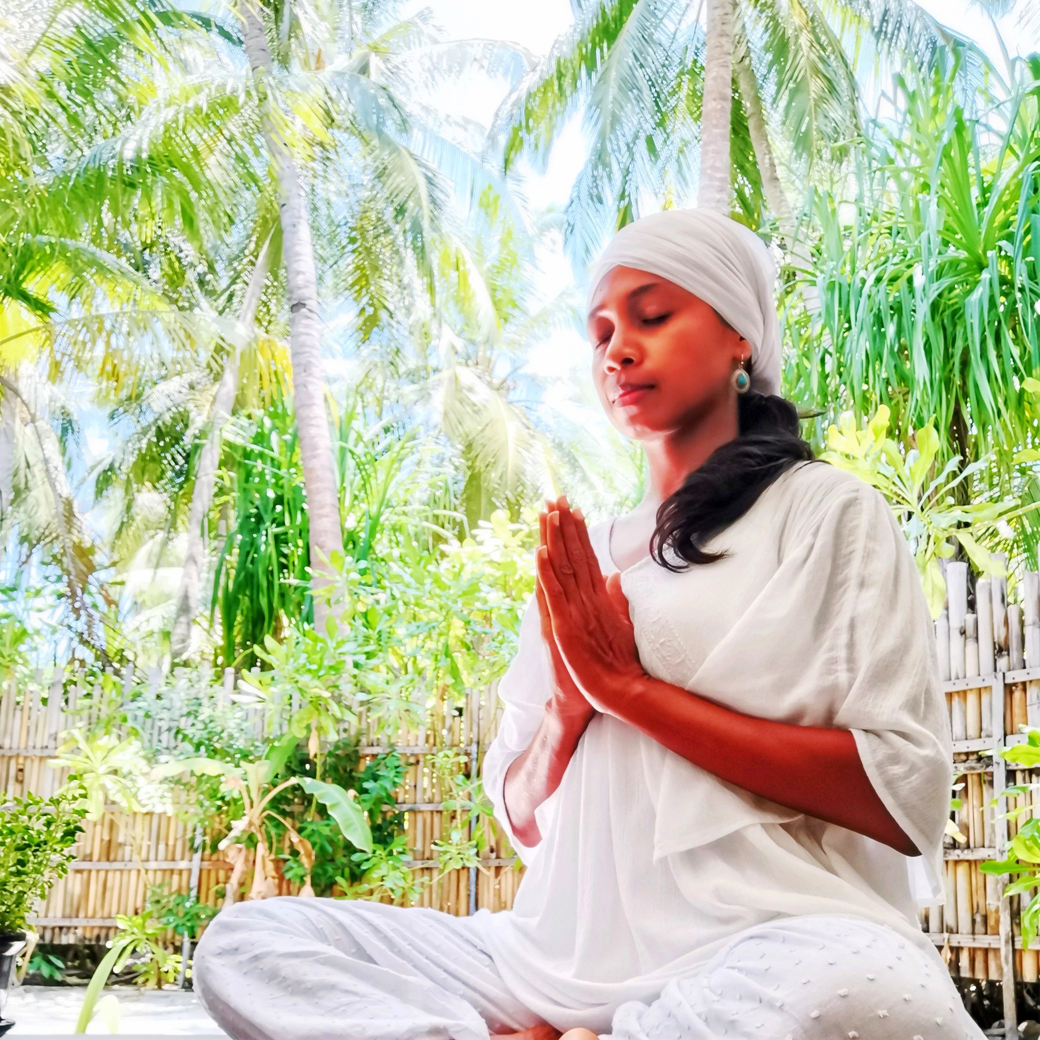 Kundalini Yoga With Diwa