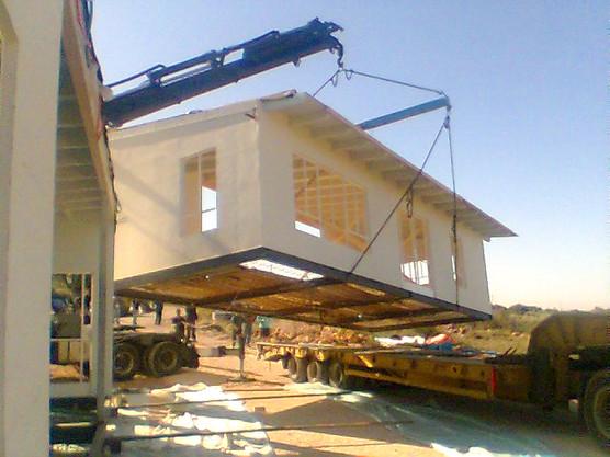 בית יביל מעץ