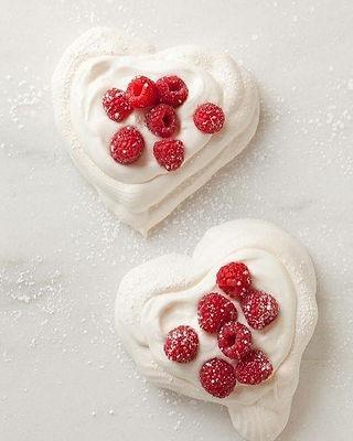 Oferă un cadou inedit de Ziua Indrăgostiților.jpg.jpg.jpg Un dulce pe care să il savurati impreună,