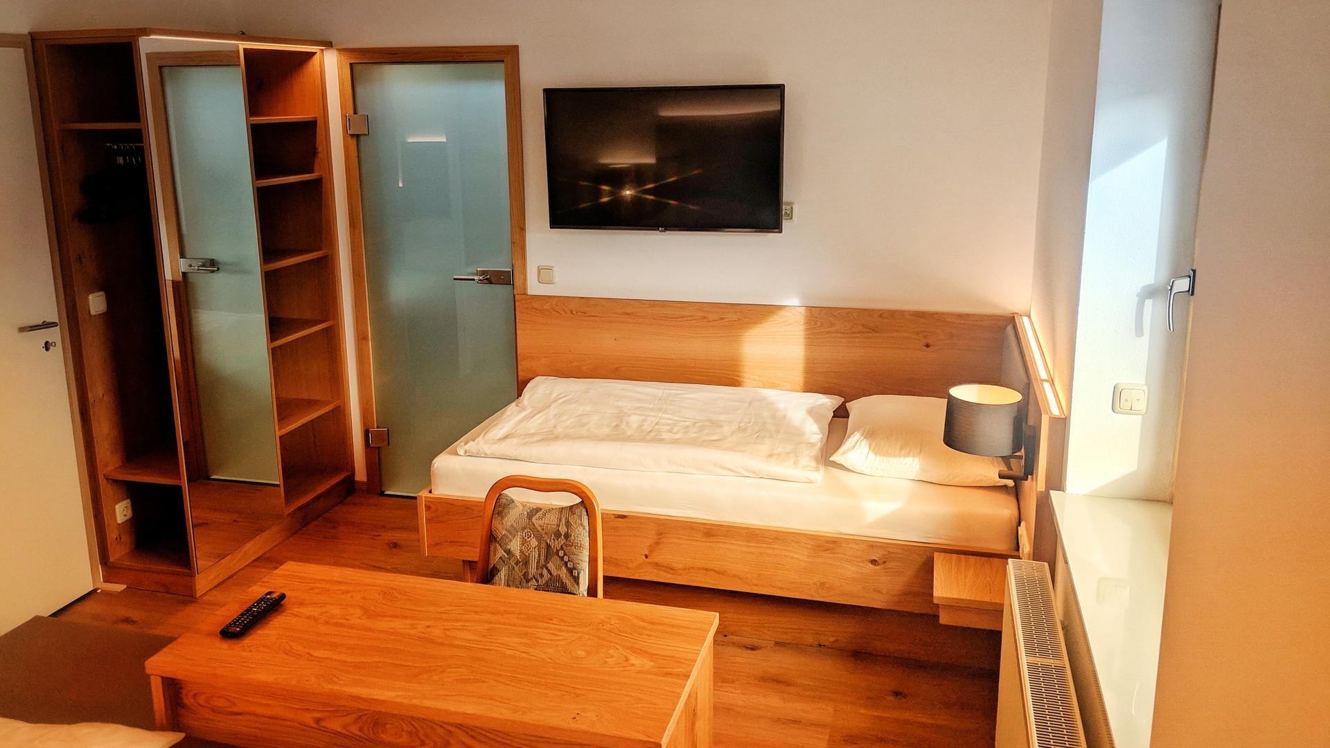 Dreibettzimmer (2)-01.jpeg