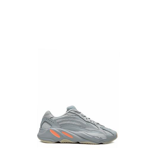 Кроссовки Adidas 048