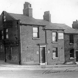 Rock Inn, 4 Pitsmoor Road and corner of Chatham Street 1939