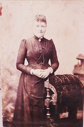 Elizabeth Crossley1.jpg