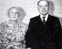 Tom & Clara Golden Wedding 1960.jpg