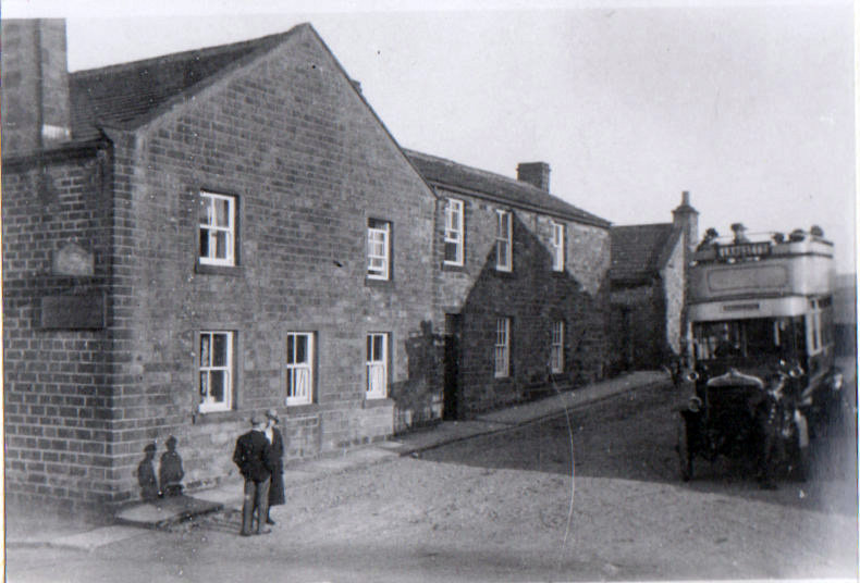 Wagon and Horses with Sheffield Bus 1924