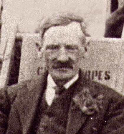 29. Joe Rogers in deckchair at Cleethorpes, close-up