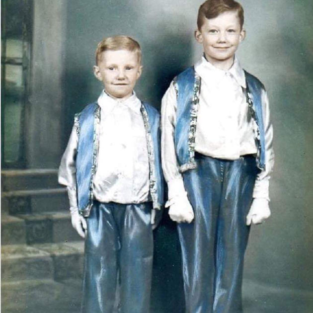 Henry Jones and his brother Frank,1939