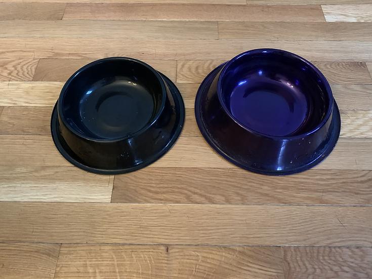 Metallic dog bowls